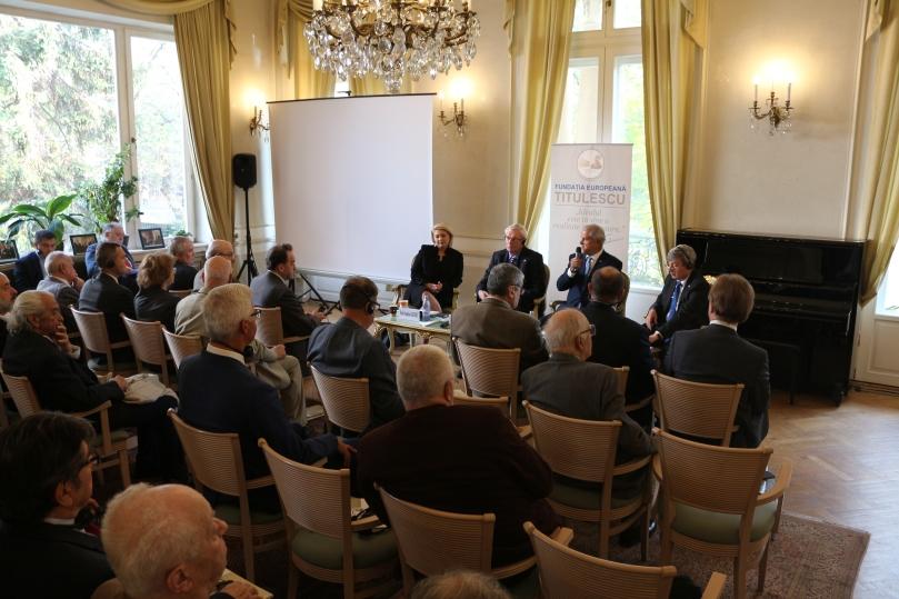 3 - 23.10.2018 - Conferinta 140 ani  relații bilaterale - NT Gorchacov.JPG
