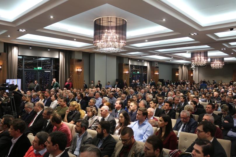 4 - 15.01.2019 - Dezbatere Viitorul României 2.JPG